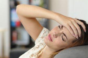 Слабость, сонливость и головные боли